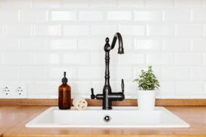 Kitchen Layout Design & Decor Ideas